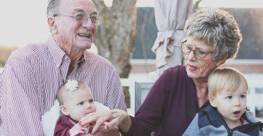 Comment aider un proche atteint de pertes de mémoire